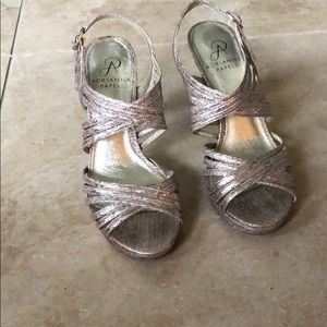 Adrianna Papell Gold heels size 6